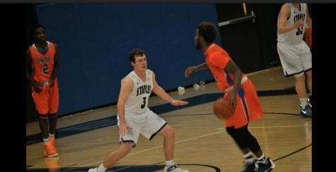Boys' basketball defeats Danbury 58-44