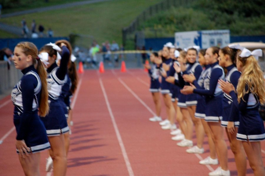 Staples cheer takes on FCIAC competition