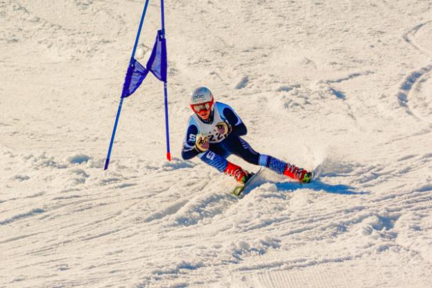 https://mamashmartakespics.smugmug.com/2017-Staples-Boys-Ski-Team/3217-States/i-rfWG9XV/A