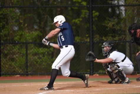 Casparius breaks Staples Baseball career hitting record