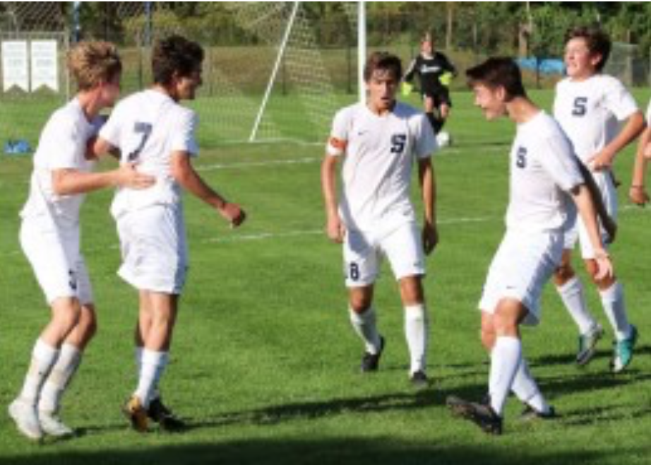 Staples upsets Norwalk for key victory in FCIAC