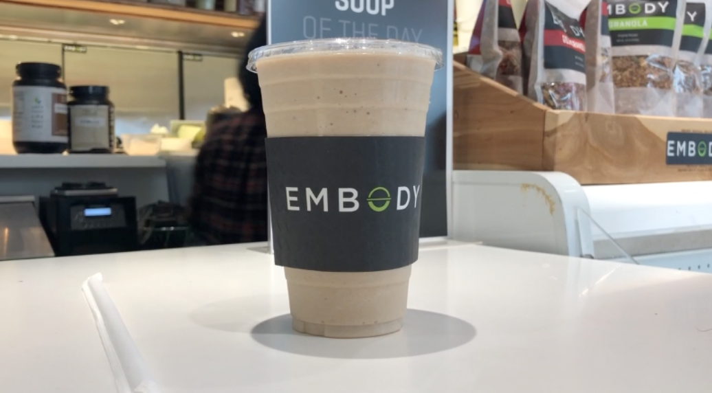 Robeks+vs+Embody+Smoothies%3A+What%E2%80%99s+the+difference%3F