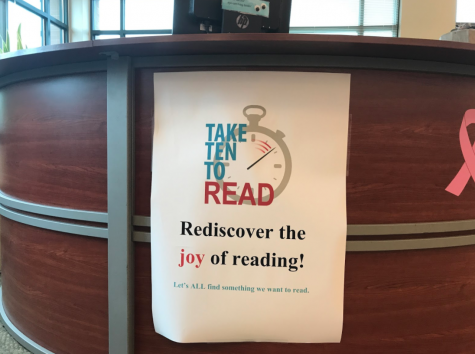 'Take 10 to read' initiative aims to spur love for reading in Staples students