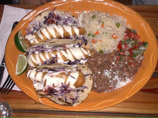 Tequila Revolucion serves lackluster Mexican food