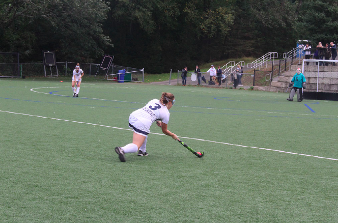Varsity field hockey continues undefeated streak after victory against Norwalk