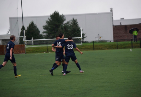 Tanzer and Sholes revamp the varsity boys' soccer team