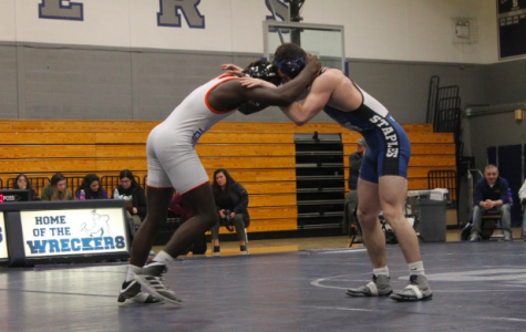Boys' wrestling suffers tough loss against Danbury