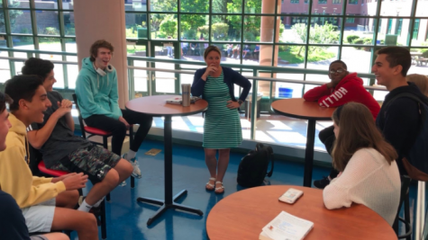 At the start of the 2019-20 school year, Staples High School administration implemented a new connections block into the four-day rotation schedule. Grade-specific groups of 10-15 students will meet with one teacher every Tuesday and Thursday.