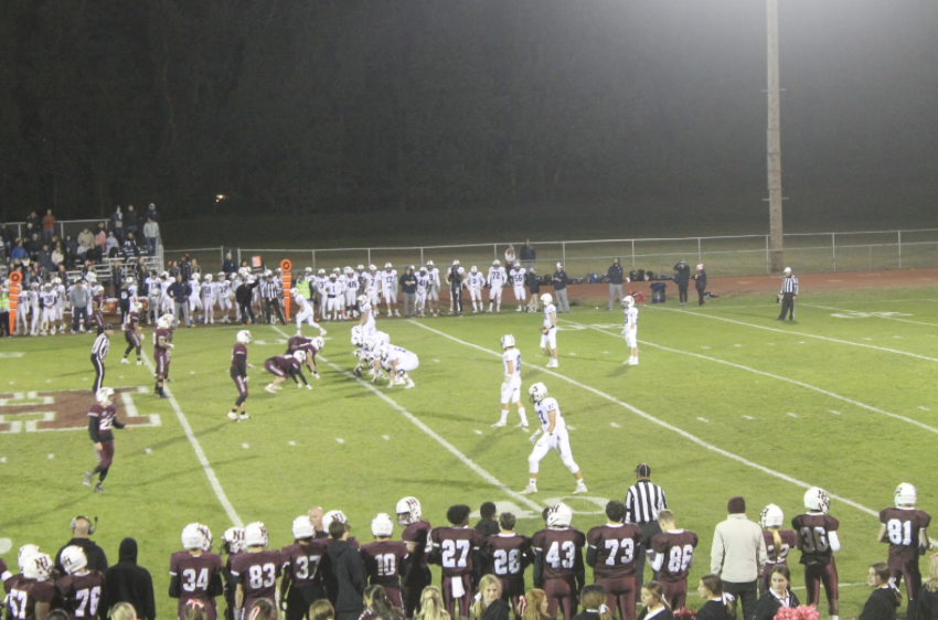 Staples' offense in the pistol formation in the third quarter of their 53-20 loss to North Haven. Quarterback Jackson Zager '21 finished 13 for 38 passing for 185 yards and two touchdowns.