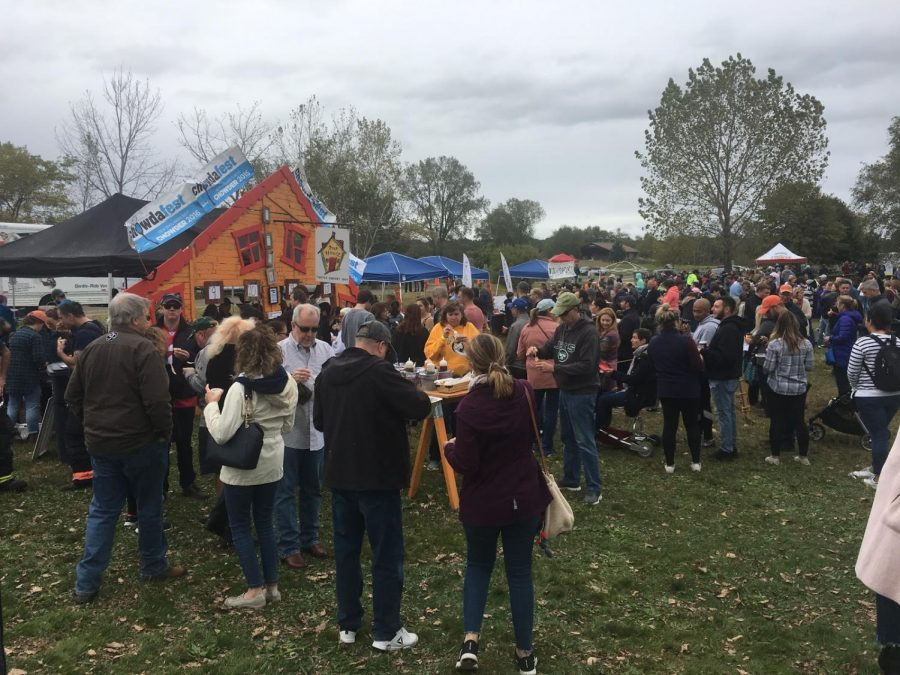 Chowdafest-goers stand in line to sample chowder from Our House Bistro, a restaurant in Winooski, Vermont. Photo by Jack Dennison '21.
