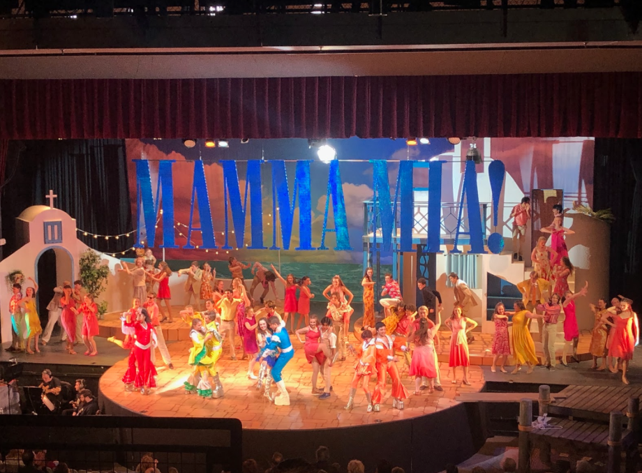 "Staples Players performed ""Mamma Mia"" on Saturday, Nov. 16th and finished the show on an exciting note by surprising the audience with two more songs after their bow."