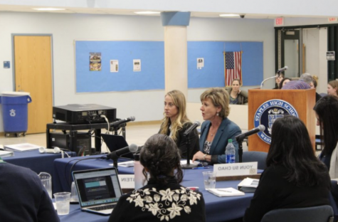 The Westport School Start Time Committee discusses with parents, students and the Superintendent about pushing back school start time. On Feb. 10, the BOE officially pushed back school start time by 30 minutes for the next school year.