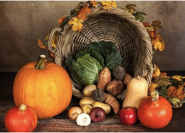 While+many+families+celebrated+thanksgiving+differently+than+they+normally+do+this+year%2C+many+still+stuck+with+their+favorite+fall+side+dishes+for+Thanksgiving+dinner.