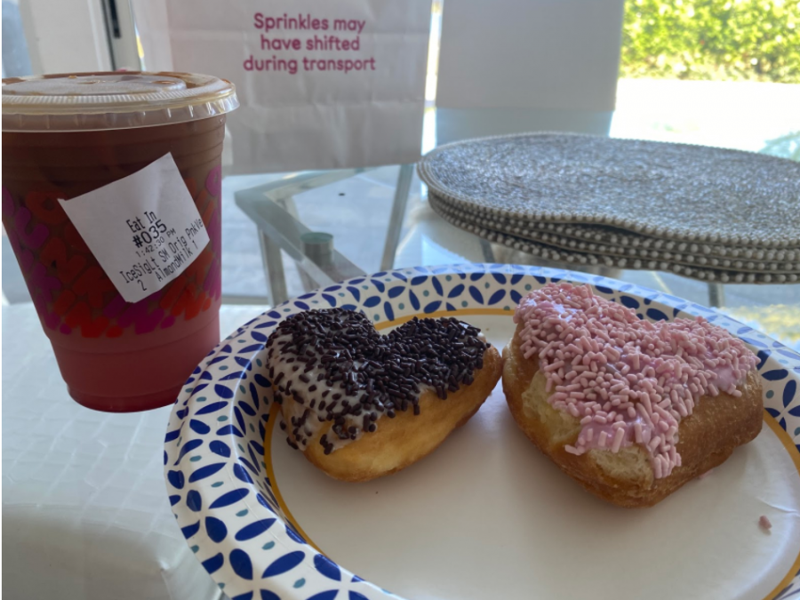 Dunkin+Donuts+has+released+their+annual+Valentine%27s+Day+themed+treats%2C+including+the+Pink+Velvet+Macchiato%2C+as+well+as+brownie+batter+and+strawberry+heart+shaped+donuts.+