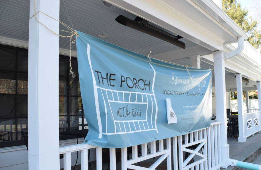 The+Porch+at+Christie%E2%80%99s+is+a+new+Westport+restaurant+in+an+old+Westport+building.+Staples+students+are+encouraged+to+apply+for+employment+positions+at+what+owners+Andrea+and+Bill+Pecoriello+hope+will+become+a+beloved+part+of+the+Westport+community.+