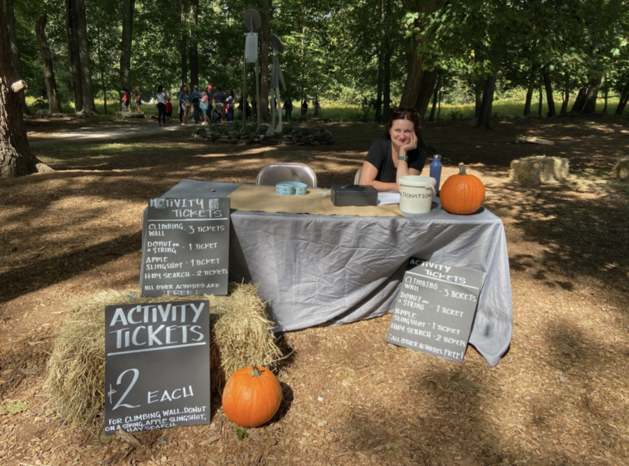 Families paid for children to take part in the variety of activities around the fall fest. The money raised from the festival will go towards supporting Earth Place's nature-oriented programming and providing scholarships to underserved families.
